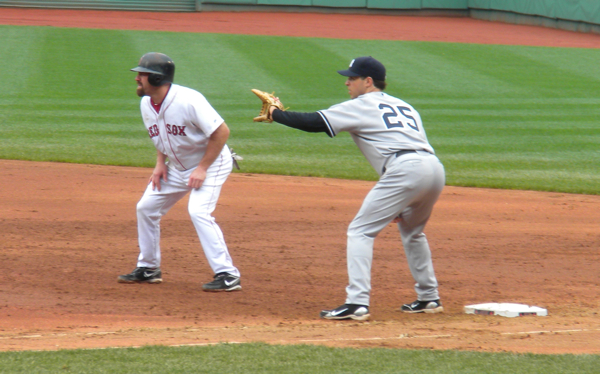 Tex holdin&#039; Youk