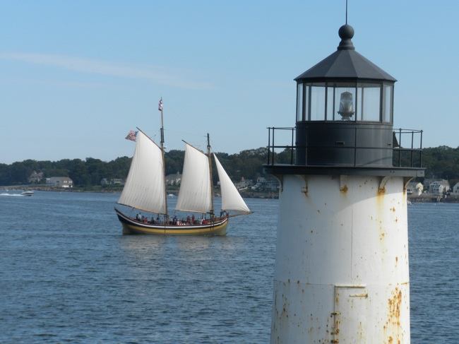 The Fame passing Winter Island Light